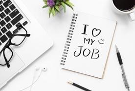 Sevdiğimiz İşi Yapmak Mı, Yaptığımız İşi Sevmek Mi?